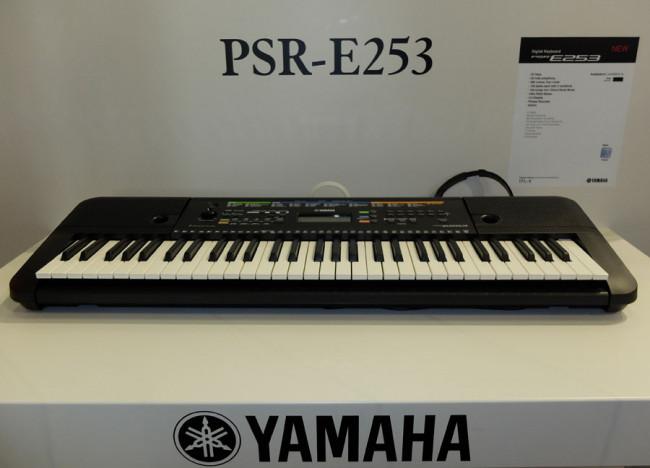 yamaha keyboard psr e253. Black Bedroom Furniture Sets. Home Design Ideas