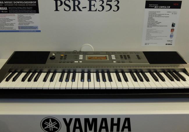 yamaha keyboard psr e353. Black Bedroom Furniture Sets. Home Design Ideas