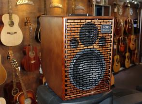ACUS One-8T Wood akustisk forstærker