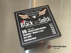 011 El-guitar strenge *Black Smith*