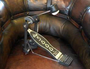 DW 5000 stortrommepedal med strap