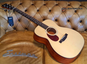 EASTMAN E1-om Lefthand guitar