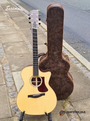 Eastman AC822CE-FF western guitar