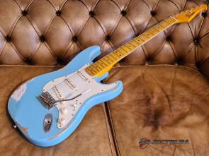 El-guitar ST-style med 3 pick-ups