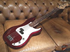 **SOLGT** Fender American Professional Precision Bas RW