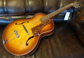 Godin 5th Avenue guitar