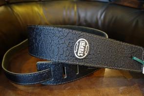 GuitarRem i bred læder med mønster