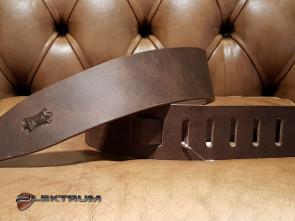 Levy's GuitarRem i bred læder
