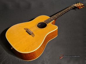 **SOLGT** K. Yairi Handmade DY62c western guitar