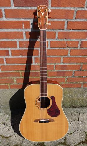 **SOLGT** K. Yairi Handmade DYM94 western guitar