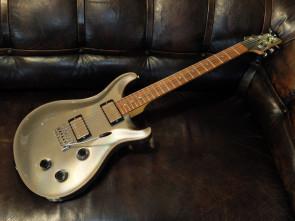 **SOLGT** PRS elektrisk guitar