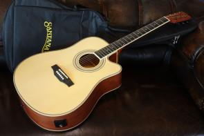 Santana LA-100 Natur Western Guitar m/etui
