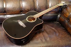 Santana halvakustisk guitar m/ pickup