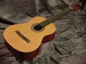 Klassisk guitar Santana 80
