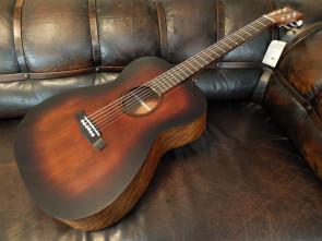 Tanglewood Roadster western guitar