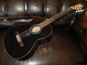 Sort Yamaha Klassisk begynder Guitar