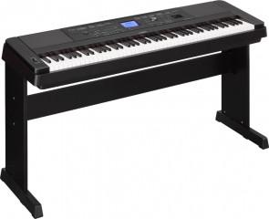 Yamaha DGX-660 Piano