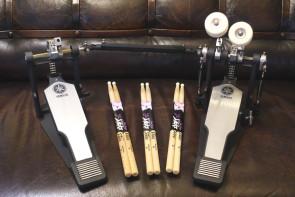 Yamaha dobbelt pedal DFP-8500c +  3 sæt stikker