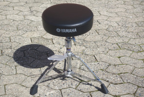 Yamaha Trommestol DS750
