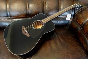 Yamaha FG-800 sort western guitar