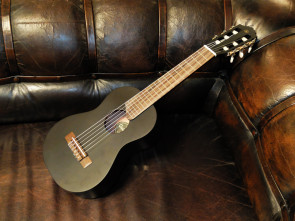 Guitalele GL-1 i Sort - Yamaha