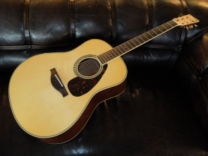Yamaha LL6m ARE Western guitar m/pu.