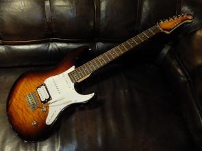 Yamaha Pacifica 212V QM TBS elektrisk guitar
