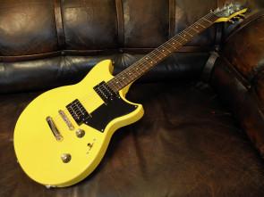 Yamaha RS320 RevStar el-guitar