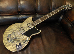 Yamaha RS720b RevStar el-guitar