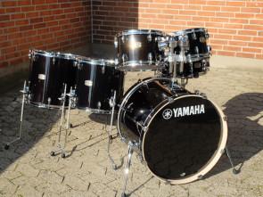 Yamaha Stage Custom trommesæt 6 piece i Raven Black